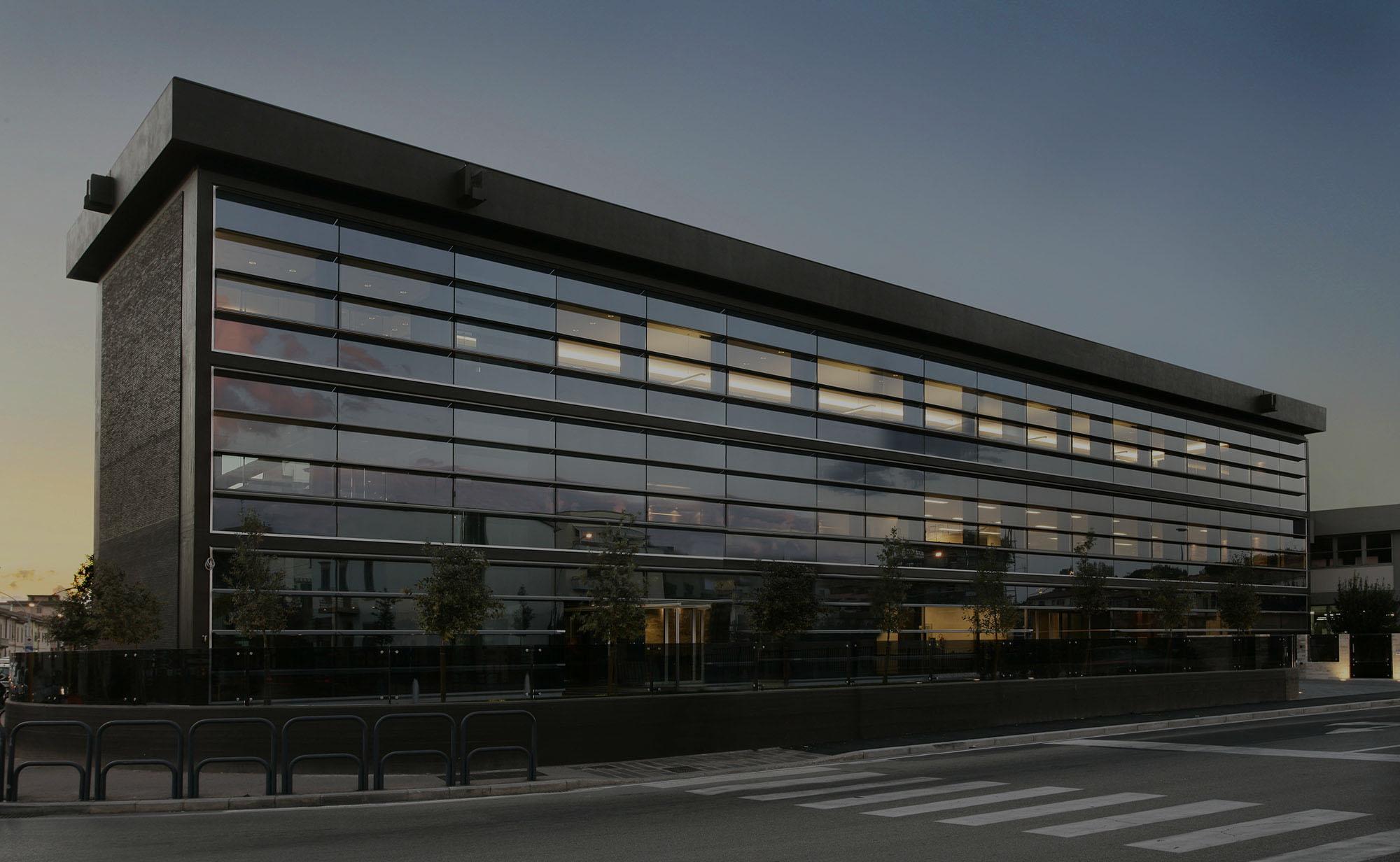 Il nostro lavoro abbraccia architettura, ingegneria, sostenibilità e design.